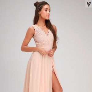 NWOT Lulu's Backless Blush Maxi Dress